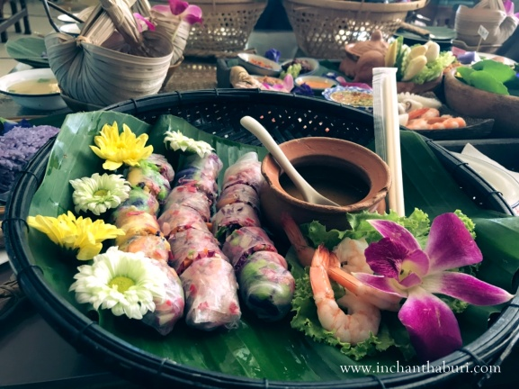 Flower rolls
